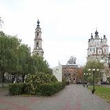 Площадь перед церковью Косьмы и Дамиана