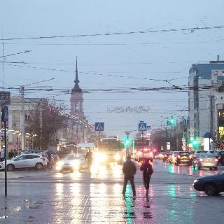 Вечерняя Калуга с площади Мира