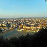 Вид с холма Геллерта на Будапешт
