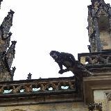 Такие вот скульптуры украшают весь собор святого Вита