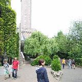 Башня Mystery Castle снаружи: вот с такой высоты роняют людей
