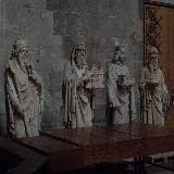 Апостолы (если так их можно назвать) внутри собора