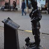Крестьянин с собакой на ул. Кирова